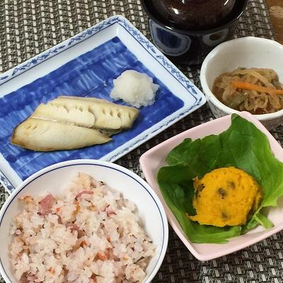 310402桜ご飯と焼き魚ぶろぐ.jpg